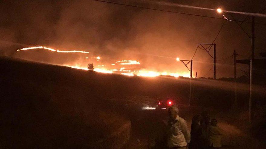 Gökçeada'da meralık alanda yangın