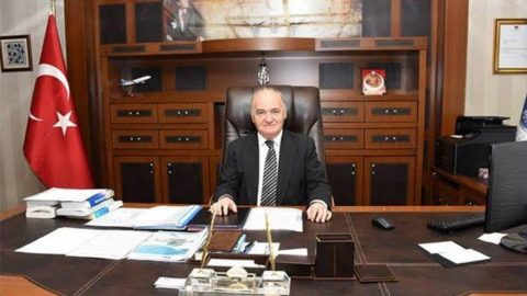 THK Üniversitesi'nin eski rektörü corona kurbanı