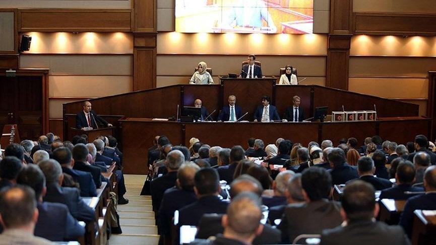 İBB Meclisi'nde 'AVM' tartışması