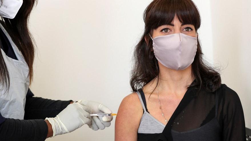 ABD'den corona virüsü aşısı açıklaması: Yan etkileri çok endişelendirdi
