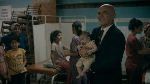 Altın Koza'da en iyi film ödülü Nasipse Adayız'ın oldu