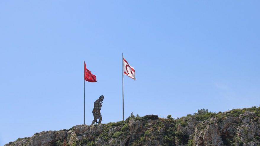 Seçim öncesi dikkat çeken anket: Kıbrıs Türkü Türkiye'siz bir gelecek istemiyor