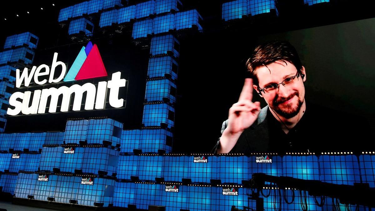 ABD'yi ifşa eden Snowden'dan 5 milyon dolar ödeme
