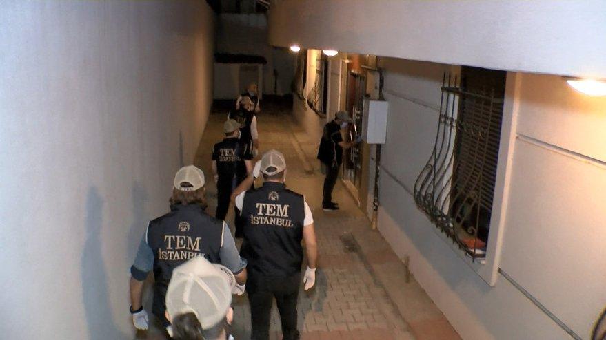 İstanbul'da çok sayıda adrese FETÖ operasyonu: Gözaltılar var