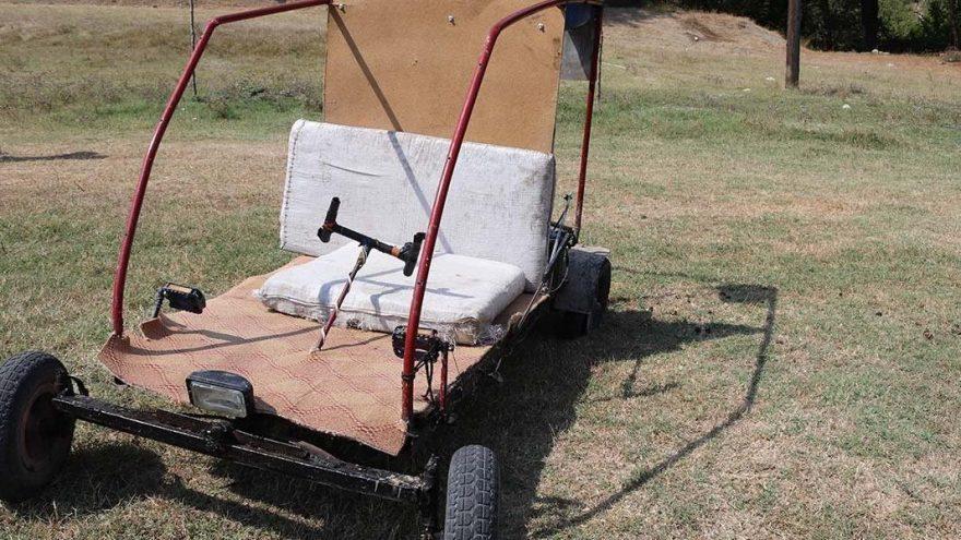Okula ara verilince Bursalı iki genç kendi araçlarını yaptı