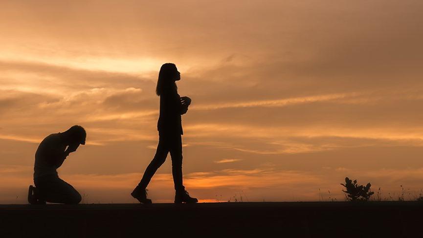 Koç burcunda Dolunay haftası: Öfkeyle kalkan zararla oturur