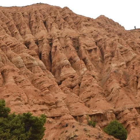 'Şeytan Şehri Kayalıkları' erozyonla ortaya çıktı