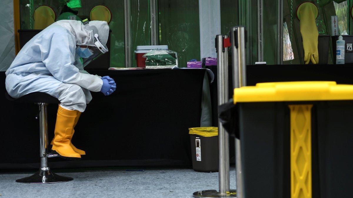 Corona virüsünde son durum: Rusya'da 3.5 ayın zirvesi görüldü