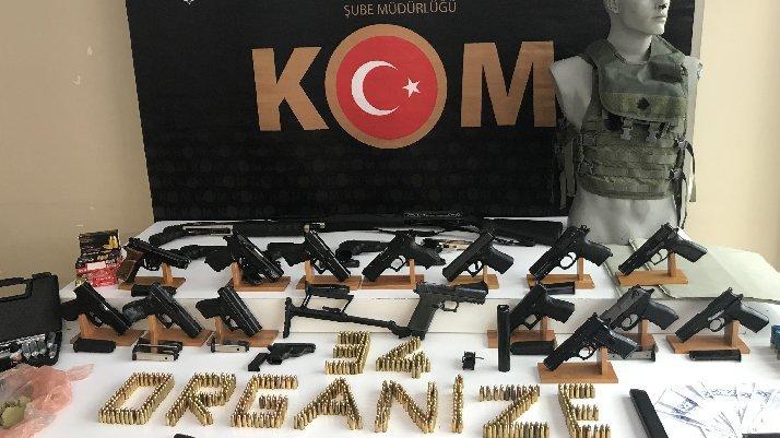 İstanbul'da suç örgütlerine operasyon!