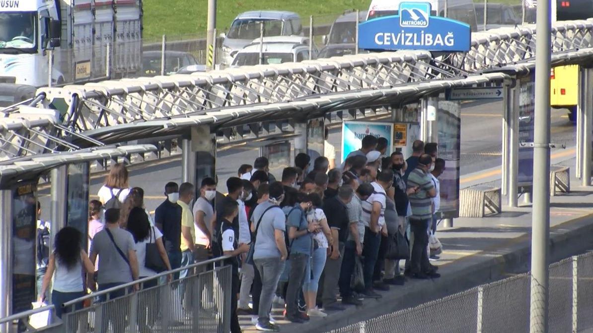 Toplu ulaşımda 'HES' genelgesi: Kişisel kart kullanma zorunlu hale gelebilir!