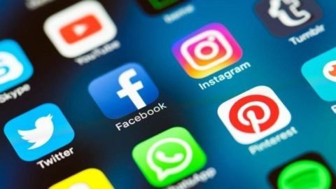 Sosyal medya devlerine bir ay süre verildi