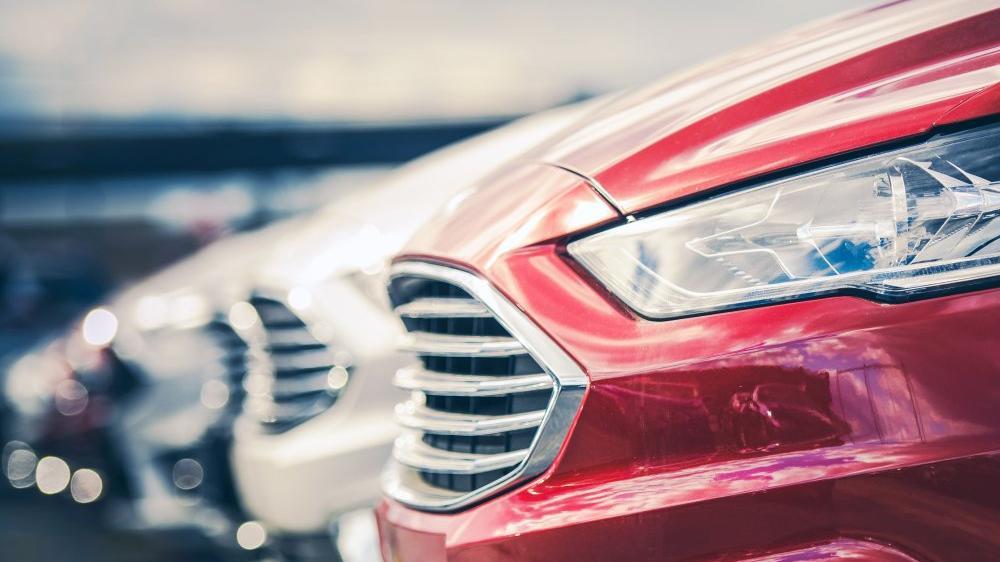 Otomotiv pazarı rekor kırmaya ayni ritimde devam ediyor