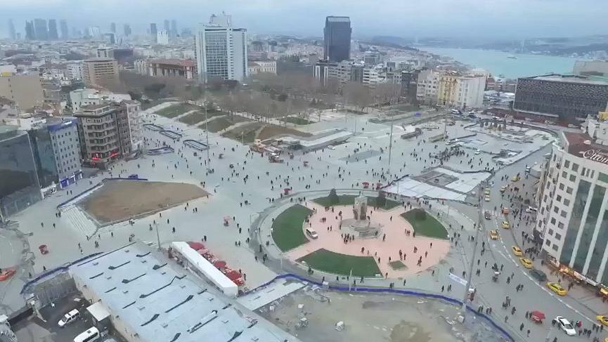 İBB Sözcüsü Ongun: İstiklal Caddesi'nde bir fırına ait 11 simit tezgahı kaldırıldı