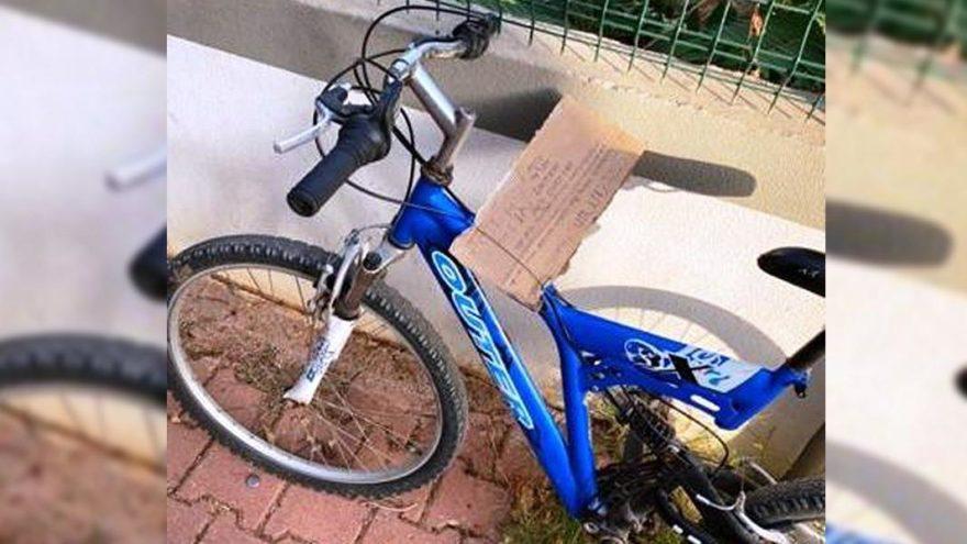 Bisikleti aldı, 'Affedin' yazıp geri bıraktı