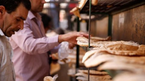 Suriye'de ekmek satışına sınır getirildi