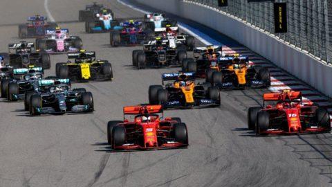 F1 otomobil üreticilerinin işi bırakma riskiyle karşı karşıya