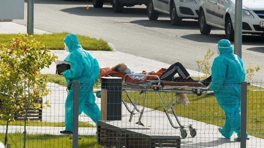 Corona virüsü salgınında son durum: Vakada rekor kırıldı, Avrupa'da ilaç sıkıntısı baş gösterdi