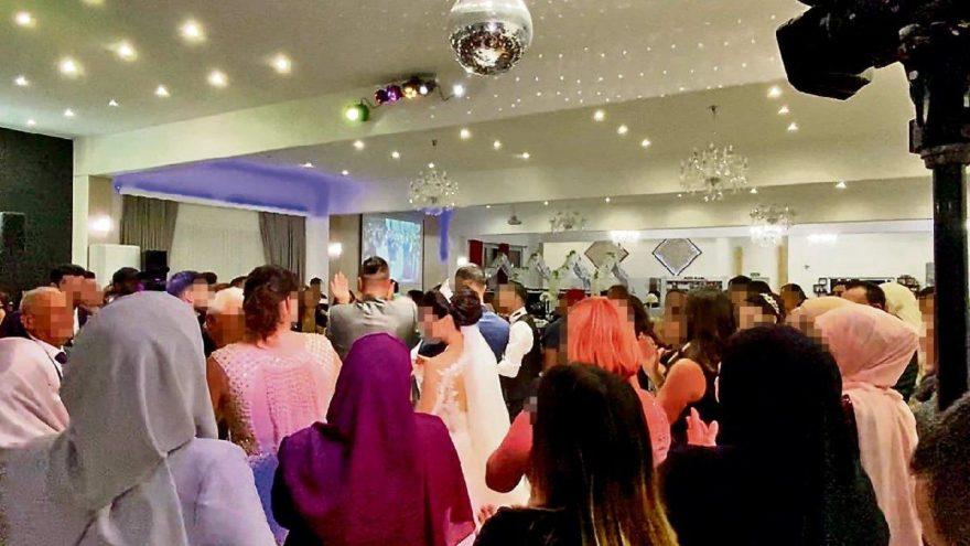 Türk düğünü Almanya'yı karıştırdı: Sessiz kalmayın