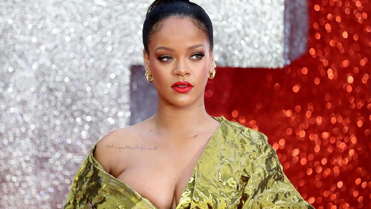 Rihanna'dan hadis özrü: Müslüman kardeşlerimi üzdüm