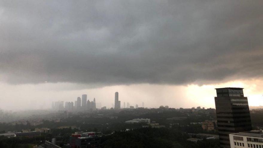 Dolu İstanbul'a adım adım yaklaşıyor! Hava durumu uyarıları sürüyor…