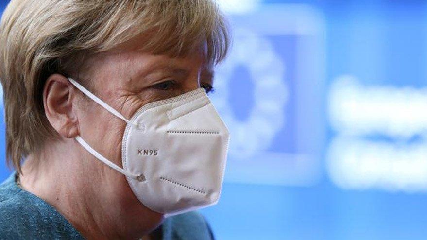 Merkel'den Alman halkına ikinci dalga ve karantina uyarısı