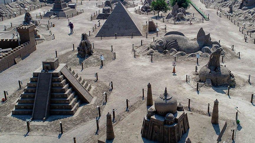 Antalya Kum Heykel Müzesi 2021'e hazırlanıyor
