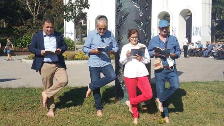 Fatsa'da çıplak ayakla kitap okuma eylemine İstanbul'dan destek
