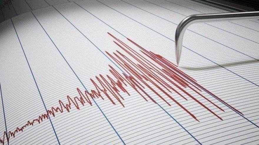 Deprem fırtınası sürüyor: Datça 4.0'la sallandı