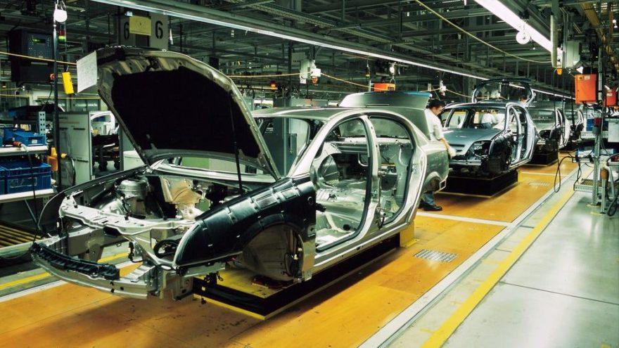 Otomotiv sanayi üretimi ilk 9 ayda yüzde 19 azaldı