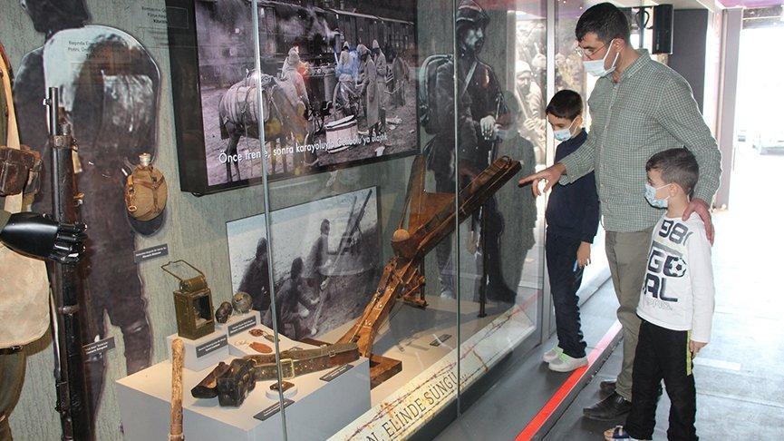 Çanakkale Savaşları Mobil Müzesi Bingöl'de