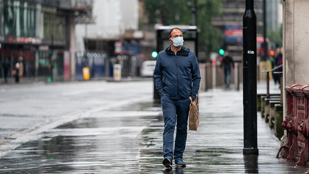 Dikkat! Yağmurda ıslanan maskeyi kullanmayın