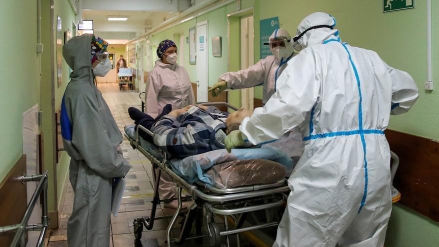 İran'da ölü ve vaka sayısı en yüksek seviyeye ulaştı