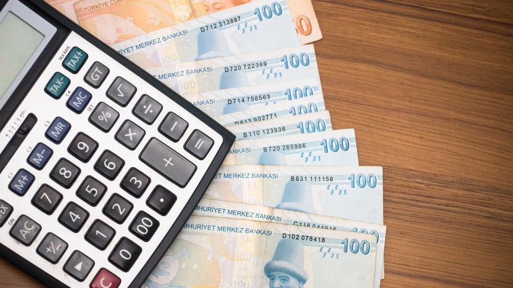 Bütçe açığı 9 ayda 140,6 milyar TL'ye ulaştı, faize 107,8 milyar TL ödendi