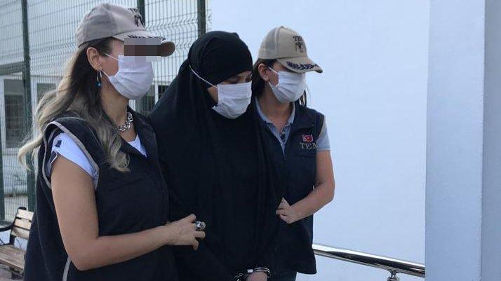 Fransa'nın kırmızı bültenle aradığı kadın terörist, Adana'da yakalandı
