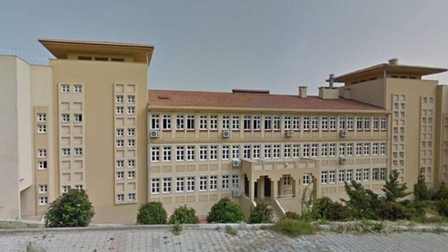 Mersin'de öğretmenlere mini etek incelemesi