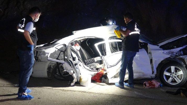 Adana'da katliam gibi kaza: 4 ölü
