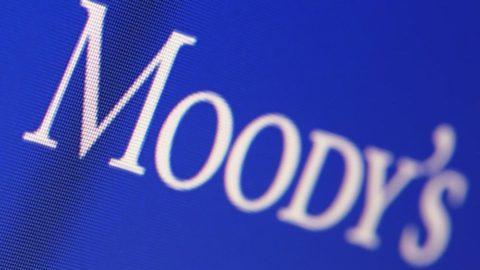 Moody's bu defa İngiltere'nin notunu düşürdü