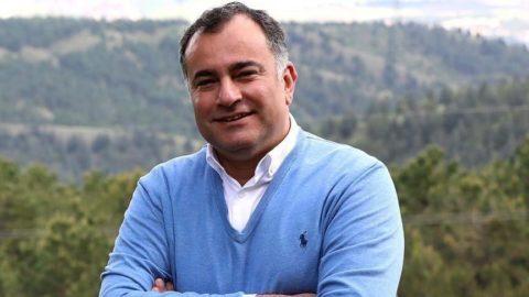 CHP'li başkan makam aracını satıyor