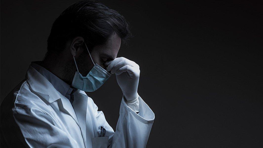 TTB: Bir günde 5 sağlık çalışanını Covid-19 nedeniyle kaybettik