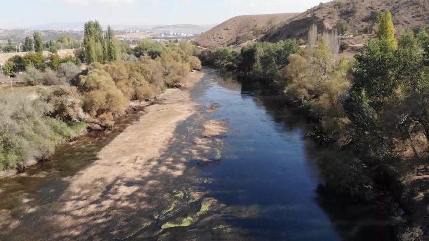 Türkiye'nin en uzun nehri Kızılırmak kuruyor