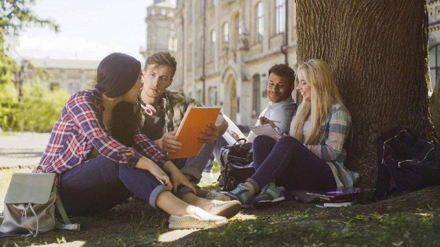 KYK burs ve yurt başvurusu için öğrencilerin gözü Bakanlık'ta