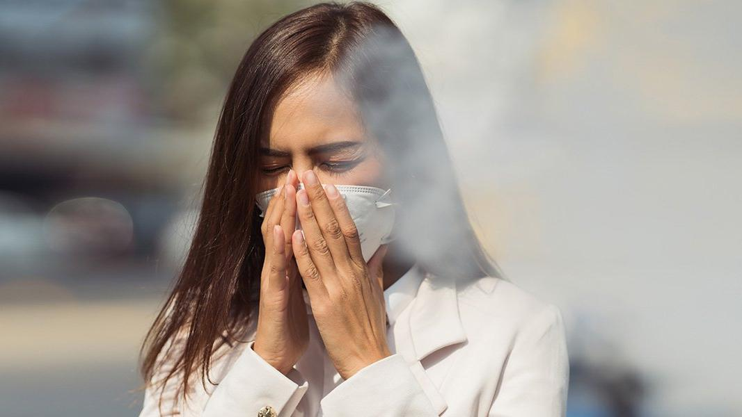 'Sigara içilen ortamda corona daha hızlı bulaşıyor'
