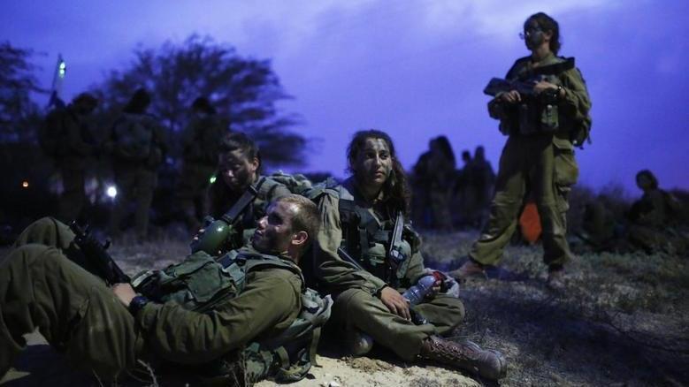 Hollanda'da kadınlara zorunlu askerlik geliyor
