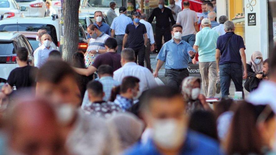 İstanbul'da izolasyona uymayan 12 kişi yurtlara yerleştirildi