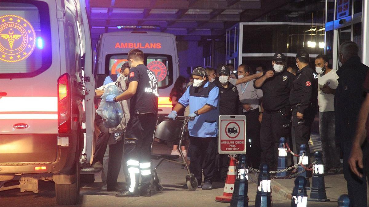 İki aile arasında silahlı, taşlı, sopalı kavga: 8 yaralı