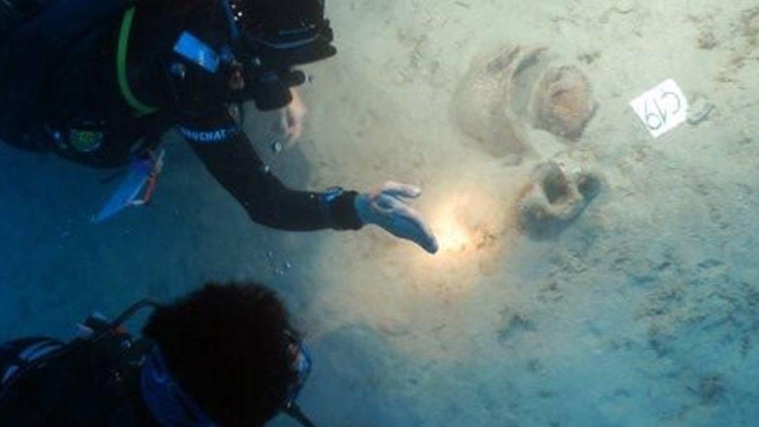 Deniz dibinden 4 bin yıllık eserler çıktı