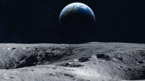 NASA'dan tarihi keşif: Ay'da su bulundu