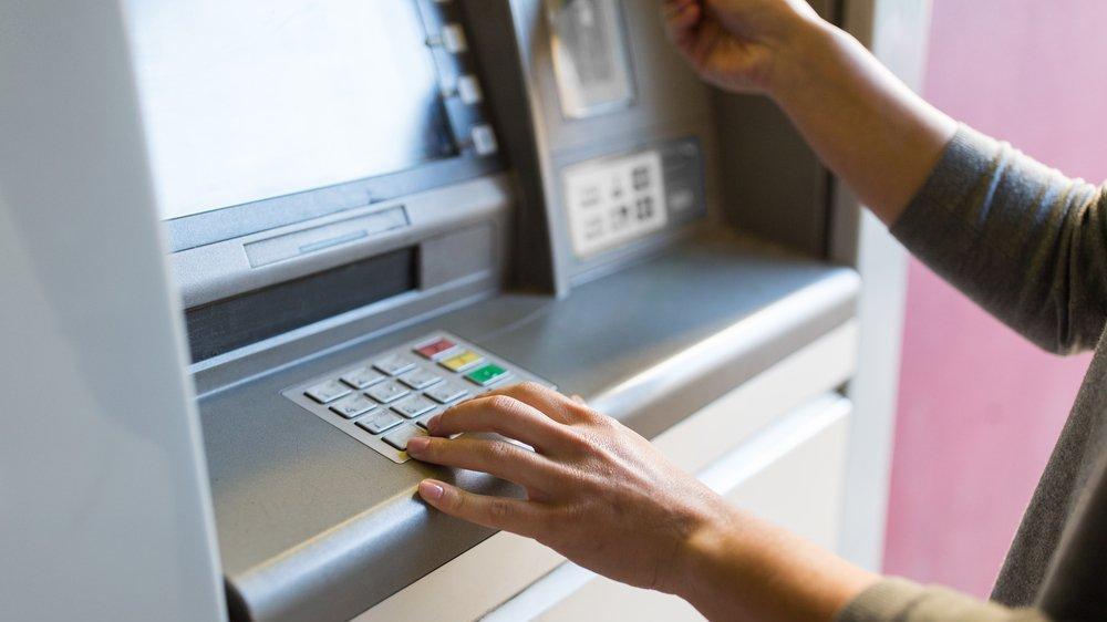 Bugün bankalar ve kamu daireleri açık mı?