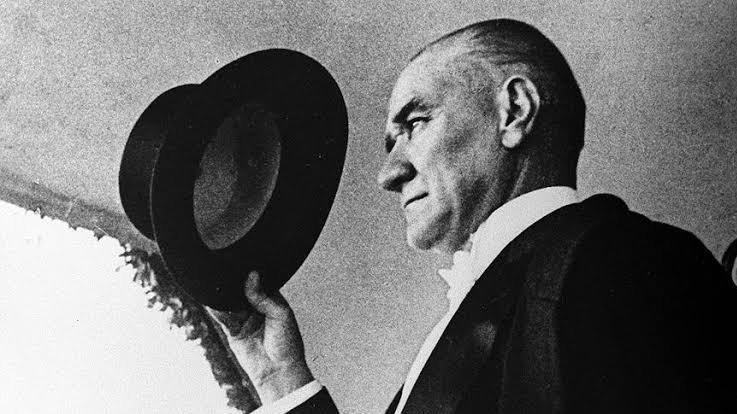 Atatürk, 93 yıl önce Fransa'yı dize getirdi
