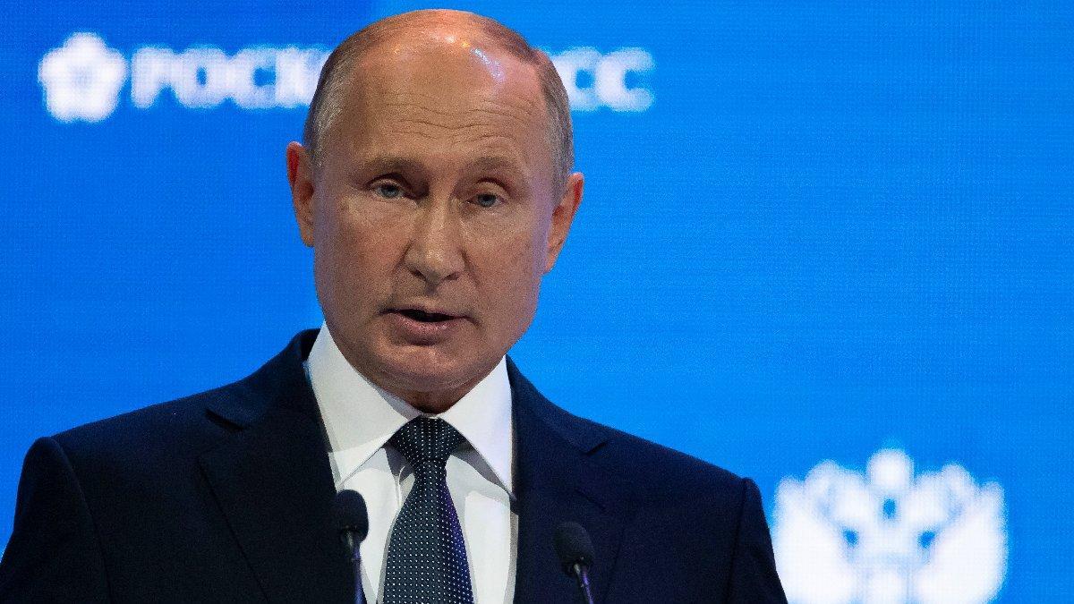 Putin'den toplu aşı açıklaması: Yıl sonunda başlıyoruz